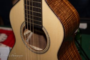 Conlin Photography Guitar 25